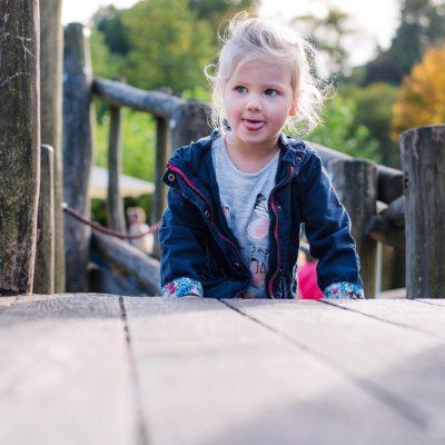 Ein kleines Lächeln für Kinderfotos auf der Gartenschau