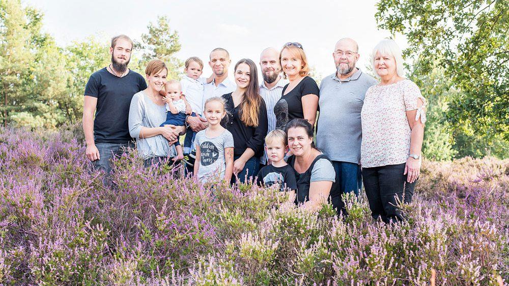 Familienfotos - Viele Generationen kommen zusammen